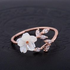 This Unique Vintage Moissanite Engagement ring set Forever Brilliant Antique Leaves Diamond Pink Sapphire wedding band leaf Bridal Jewelry is just one of the custom, handmade pieces you'll find in our engagement rings shops. Cute Rings, Pretty Rings, Unique Rings, Beautiful Rings, Women's Rings, Cheap Rings, Cute Jewelry, Bridal Jewelry, Jewelry Accessories