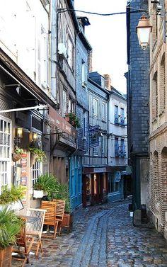 Honfleur, Normandy   France (by mypatronusisawombat)