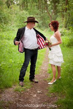 De country wedding van Jasper en Boudine ... USA meets Netherlands.   http://trouwfotografie.freyaelders.com/?p=616   #bruiloft #wedding #country #western