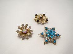 Vintage Rhinestone Scatter Pins  Star Flower by EratiqueJewels, $24.00