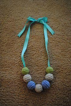 Free tutorial  Ravelry: Teething/Nursing Necklace pattern by Jessica Marini