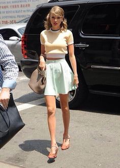 Yellow tops and mint color skirt taylor swift