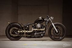 "Evolution's '72 Harley Ironhead Sporty - ""No. 22"" - Pipeburn - Purveyors of Classic Motorcycles, Cafe Racers & Custom motorbikes"