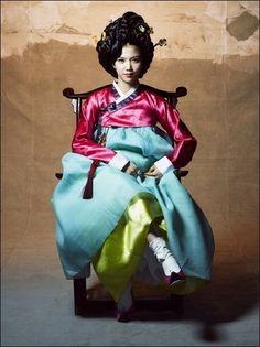 Gisaeng-style Hanbok fashion!