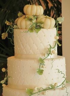 Image detail for -pumpkin fall wedding cake - by happycakes Wedding Cake Fresh Flowers, Floral Wedding Cakes, Themed Wedding Cakes, Fall Wedding Cakes, Beautiful Wedding Cakes, Wedding Cake Designs, Wedding Cake Toppers, Beautiful Cakes, Autumn Wedding