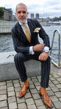 Gents Fashion, Mens Fashion Suits, Mens Suits, Designer Suits For Men, Plaid Suit, Suit And Tie, Well Dressed Men, Gentleman Style, Wedding Suits