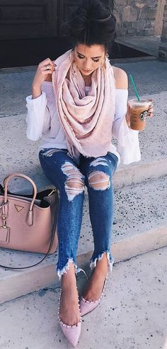 pretty cool outfit idea_blush scarf + bag + white top + rips + shoes