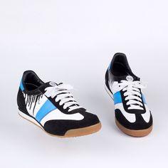BOTAS 66 ESHOP | Classic : Infamous Bag Accessories, Shoe Bag, Classic, Sneakers, Blue, Shoes, Fashion, Tennis Sneakers, Sneaker