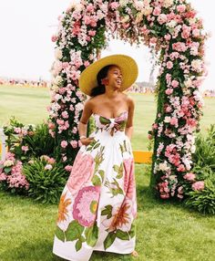 Chic Summer Looks at the 2019 Veuve Clicquot Polo Classic - Perfete Veuve Clicquot Champagne, Veuve Cliquot, Summer Outfits, Cute Outfits, Summer Dresses, Rock Outfits, Dressy Outfits, Stylish Outfits, Streetwear