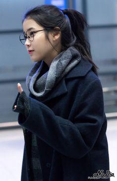 lee ji eun www. Iu Fashion, Asian Fashion, Kpop Girl Groups, Kpop Girls, Korean Beauty, Asian Beauty, Korean Girl, Asian Girl, Wattpad