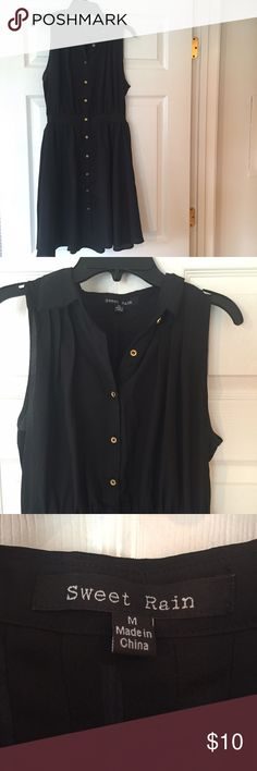 Sleeveless Collared Dress Super fun and girly dress. Has great twirly skirt. Buttons all the way down. Sweet Rain Dresses Midi