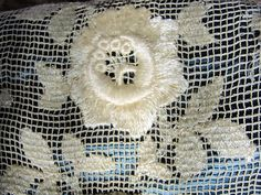 Antique 20s French Woven Net Darned Lace Roses door ALadiesShop