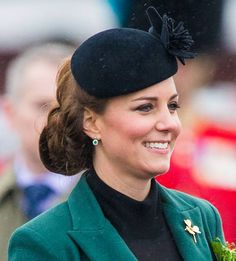 Duchess Kate's best ever hairstyles - Foto 11