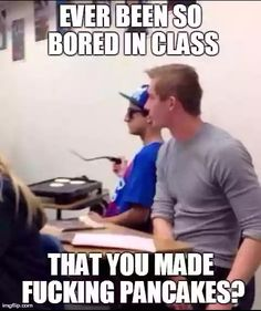Funny pictures about So Bored In Class. Oh, and cool pics about So Bored In Class. Also, So Bored In Class photos. Funny Shit, 9gag Funny, Really Funny Memes, Stupid Memes, Funny Relatable Memes, Haha Funny, Funny Texts, Hilarious Sayings, Funny Stuff
