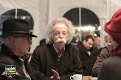 Beisammensein in Helmut Sacher's Kaffeehaus #Alpenzauber #Köln #MediaPark