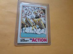1982 topps base in action lynn dickey # 358