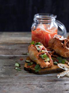 Bánh mí -leivät // Bánh mí  Food & Style Kati Pohja Photo Sanna Peurakoski Maku 1/2015, www.maku.fi