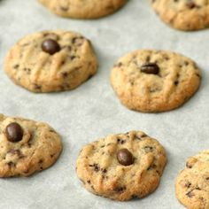 These crisp coffee flavoured cookies are delicious to serve after dinner with coffee or anytime as a little nibble. Make them small as they are really special. Chocolate Treats, Chocolate Coffee, Chocolate Chip Cookies, Baking Recipes, Cookie Recipes, Dessert Recipes, Tray Bakes, Easy Desserts, Food Hacks