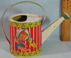 VINTAGE TIN LITHO OHIO ART CHILD'S WATERING CAN BEACH SAND TOY #OHIOART