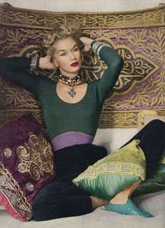 Vogue 1952. Lisa Fonssagrives-Penn