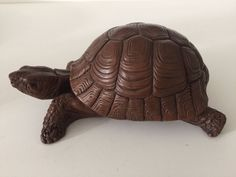 """Vintage Red Mill Mfg Hand Crafted Turtle Figurine, 7 1/2"""" L x 4 1/2"""" W x 3"""" High"""