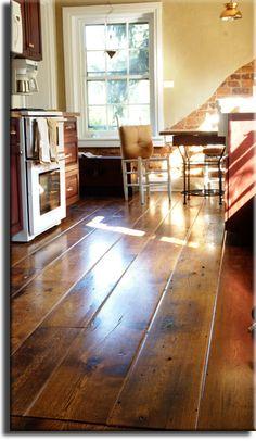64 Super Ideas Kitchen Colors With Oak Floors Wide Plank Reclaimed Oak Flooring, Rustic Wood Floors, Wooden Flooring, Garage Flooring, Laminate Flooring, Brick Flooring, Kitchen Flooring, Ceramic Flooring, Farmhouse Flooring