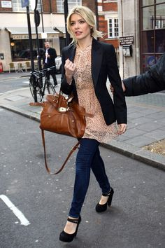 I do love Holly W's style.  very down to earth