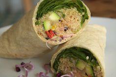 #Quinoa #Wrap mit viel #Gemüse und #Salat. Das Rezept findet ihr auf meinem Blog www.veganerezepte.eu      #vegan #veggie #vegetarisch #vegetarian #recipe #rezept #cooking #food #healthy #fresh #spinache #spinat #kitchen