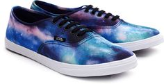 Vans Authentic Lo Pro in limited edition Galaxy Print - new favorite shoes!