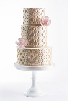 Hand-painted wedding cake by AK Cake Design Metallic Cake, Metallic Wedding Cakes, Painted Wedding Cake, Pretty Wedding Cakes, Gold Cake, Pretty Cakes, Gold Wedding, Cake Wedding, Glamorous Wedding