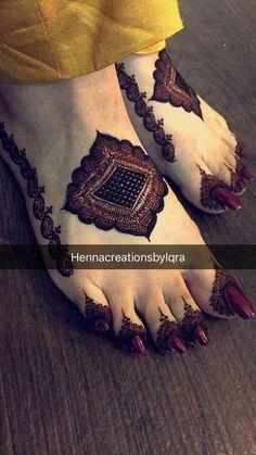 Henna Design by Fatima - Henna Leg & Henna Thigh- # Desi . Henna Hand Designs, Mehndi Designs Finger, Legs Mehndi Design, Mehndi Designs For Girls, Modern Mehndi Designs, Mehndi Design Pictures, Wedding Mehndi Designs, Mehndi Designs For Fingers, Latest Mehndi Designs