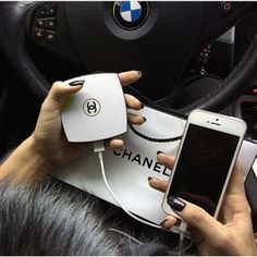 Powerbank CHANEL Miroir 5000 mAH - Noir