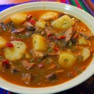 Guiso de níscalos con patatas Banana Colada, Minis, Sweet And Salty, Winter Food, Cheeseburger Chowder, Thai Red Curry, Crockpot, Slow Cooker, Chili