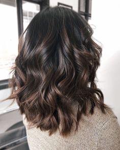 Instagram: @beautyxjasmin #brunette #darkbrown #balayage #ombre #brown #light #sombre #subtle #hair #hairgoals #hairinspo #haircolor #fall #autumn #brunettehairstyles