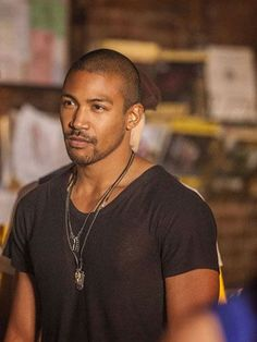 """The Vampire Diaries -- """"The Originals"""" -- Pictured (L-R): Joseph Morgan as Klaus and Charles Michael Davis as Marcel -- Image Number: -- Photo: Skip Bolen/The CW -- © 2013 The CW Network, LLC. All rights reserved. Marcel The Originals, The Originals Tv Show, Vampire Diaries Spoilers, Vampire Diaries Spin Off, Vampire Diaries The Originals, Klaus Vampire, Klaus Tvd, The Originals, Movies"""