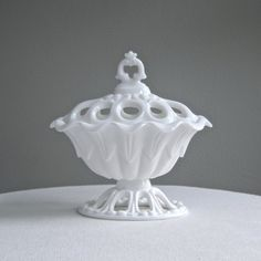 Fostoria Milk Glass Covered Dish -- Franklin Urn with Reticulated Lid and Foot Fostoria Glass, Fenton Glass, Glass Dishes, Candy Dishes, Vintage Glassware, Vintage Dishes, Vintage Items, Potpourri, Carnival Glass