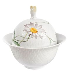 "Sugar bowl, Shape ""Waves relief"", Flower painting marguerite, V 0,20 l"