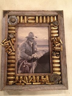 DIY Picture Frame Ideas – Thinking Outside The Box - The Saw Guy - Bilderrahmen Bullet Casing Crafts, Bullet Crafts, Cadre Photo Diy, Diy Photo, Marco Diy, Rustic Picture Frames, Photo Frames Diy, Diy Picture Frame Crafts, Picture Frame Decorating Ideas