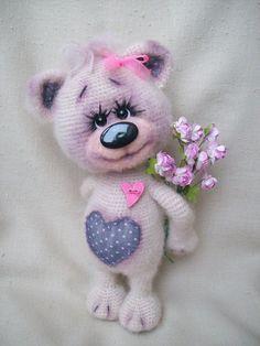 ideas knitting toys teddy bears free pattern for 2019 Loom Blanket, Lion Brand Yarn, Cute Toys, Bear Toy, Baby Knitting, Knitting Toys, Amigurumi Patterns, Crochet Animals, Crochet Dolls
