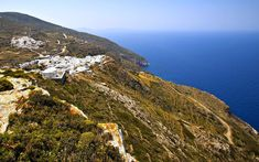 Sitting on the southeastern side of the Cyclades island group, Anafi is a little gem in the Greek islands. Thanks to its proximity to the worldwide famous Santorini island, island hopping between Santorini and Anafi is a must! #Anafi #Cyclades #Greece #Thisisgreece #travel #путешествовать #旅行する #旅行 #여행하다 #greek #island #beautiful #photography #sea #mountains #love #happy #nature #me #beauty #beach #architecture #photo #life #destination #tourism #followforfollow #follow4follow #outdoors Santorini Island, Architecture Photo, Greek Islands, Travel Agency, Greece, Tourism, Old Things, Europe, Outdoors