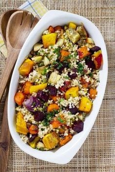 Quinoa Stuffing This simple stuffing is loaded with delicious vegetables and herbs. Raw Food Recipes, Veggie Recipes, Vegetarian Recipes, Cooking Recipes, Healthy Recipes, Vegetarian Salad, Roasted Vegetable Salad, Roasted Vegetables, Couscous