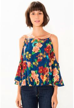 Blusa Farm Manga Florita - BabadoTop Look Fashion, Womens Fashion, Fashion Design, Stylish Outfits, Cool Outfits, Diy Tops, Western Outfits, Blouse Styles, Summer Tops