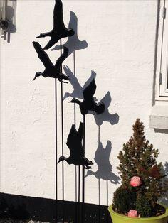 Skulptur, med ænder, se mere på https://www.facebook.com/groups/art.visten/?fref=ts#  direkte salg fra eget værksted. hønsehold, høns, hane, kyllinger, brune høns, hvide høns, bur, perlehøns, høne, maleri, rå, rådyr, buk, jagt, hejre, småfugle, måge, storm måge, hætte måge, kunsthåndværk, galleri, kunst, Art Visten, Løkken, Lønstrup, Hirtshals, Tornby, strand, skulptur, hare, kanin, LP, plade, kat, katte, killinger, kattemad, stena line, color line, Kristiansand,