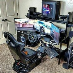This list of the most advanced, smart, and innovative video game room ideas will guide you to find a design that matches your budget planning. Remember that each ideas will have different budget depends on the size, accessories, and of course the rig. Computer Gaming Room, Simple Computer Desk, Gaming Room Setup, Computer Setup, Pc Setup, Desk Setup, Office Setup, Office Ideas, Deco Gamer