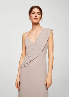 4d70c43b6e Flowy fabric Fitted design V-neck neckline Side slits Lining Women s Runway  Fashion