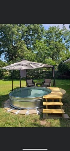 Small Backyard Pools, Backyard Patio, Backyard Landscaping, Garden Yard Ideas, Backyard Projects, Kleiner Pool Design, Stock Tank Pool, Outdoor Gardens, Outdoor Living