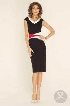 Стильное платье с v-образным вырезом от дизайнера. | Skazkina