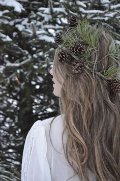 Pine cone crown first winter snow photo shoot