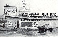 Lloyd's Liquor Store with Travel Lodge next to it, Mojave.