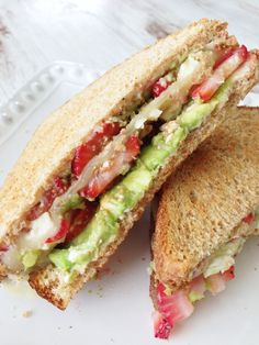 Balsamic Strawberry & Avacado toastie. Yummy!!